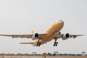 EL 7 de septiembre, Airbus DS completó exitosamente el vuelo inaugural del primer A330 MRTT destinado a Francia.Pablo Cabellos / Airbus