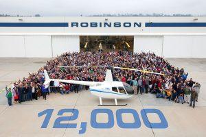 Robinson entrega su helicóptero número 12.000