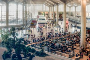 El Aeropuerto de Málaga atendió a casi 125.000 pasajeros con movilidad reducida en 2016