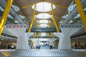 Los aeropuertos de Aena atendieron a 1.400.000 pasajeros con movilidad reducida en 2016