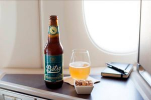 Cathay Pacific elabora la primera cerveza artesanal para ser disfrutada en sus vuelos