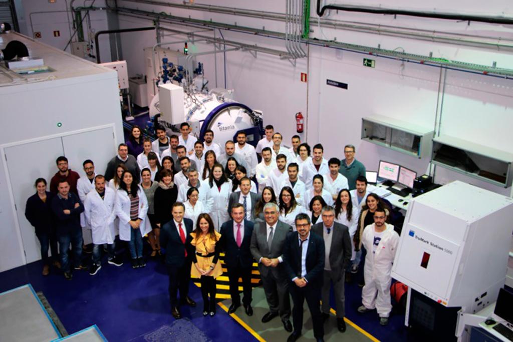 El Consejero de Economía de la Junta de Andalucía visita las instalaciones de Titania