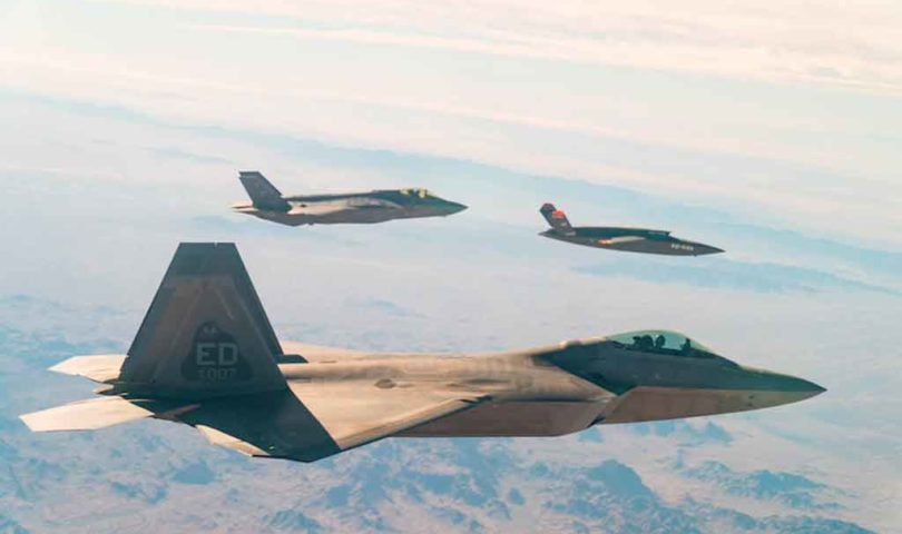 IoT, F-35 y F-22 Raptor con Valkyrie