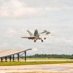 El Super Hornet demuestra capacidad Ski Jump