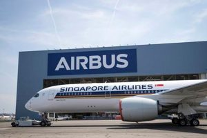 El primer A350 XWB de ultra largo alcance sale del taller de pintura