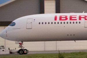 Plácido Domingo dará nombre al primer A350 de Iberia