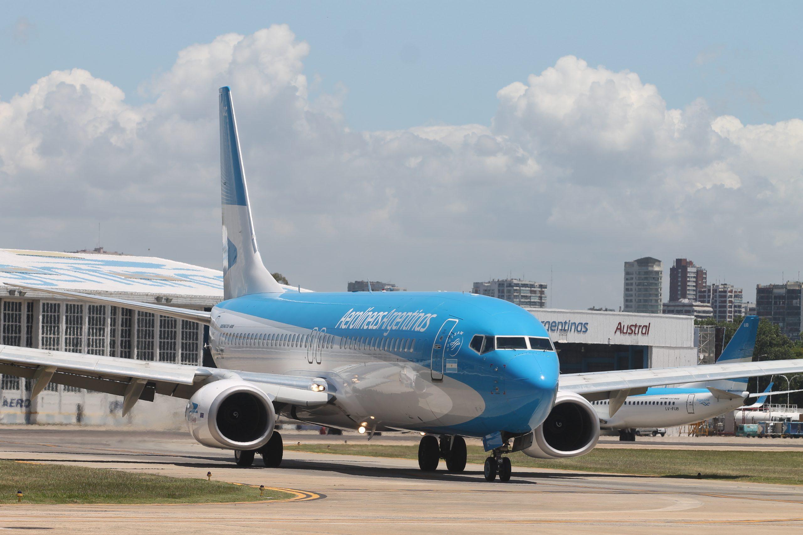 Aerolíneas Argentinas, Avión