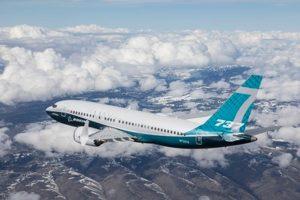 El nuevo 737 MAX 7 de Boeing completa su primer vuelo