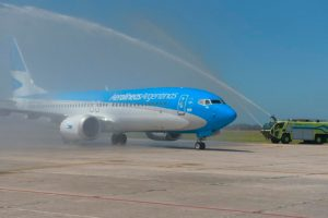 Aerolineas Argentinas transportará más de 1200 pasajeros diarios a Mar del Plata