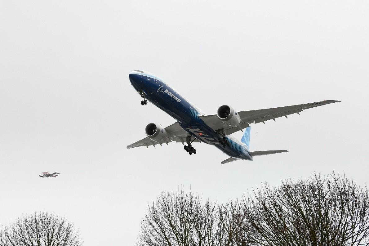 777X-9 Primer vuelo