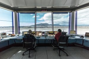 ENAIRE convoca 131 plazas de ATC
