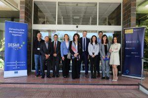 Una delegación de la Comisión Europea conoce los avances tecnológicos de ENAIRE en Cielo Único