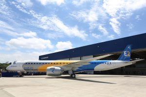 Roll- Out del Embraer E195-E2