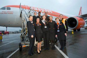 EasyJet opera un vuelo tripulado exclusivamente por mujeres