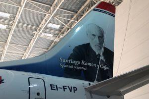 La imagen de Ramón y Cajal decora uno de los aviones de Norwegian