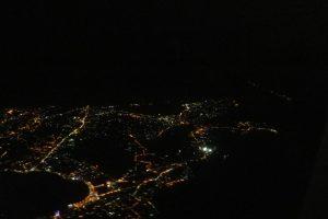 Las luces de Nápoles nos saludan a nuestra llegada en plena noche.
