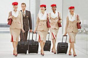 Emirates vuelve a España para buscar tripulantes de cabina