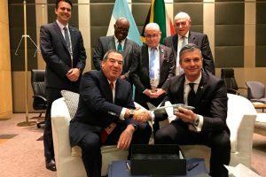 FAdeA y la sudafricana Paramount firmaron un acuerdo en materia de Defensa