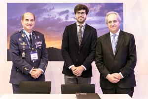 ENAIRE firma el documento que recoge las acciones para la implantación en España del Cielo Único Europeo