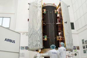 Airbus prueba con éxito la estructura del dispensador de los satélites GRACEFO