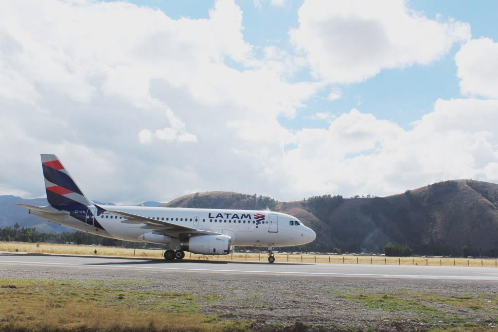 Avión LATAM Airlines Perú