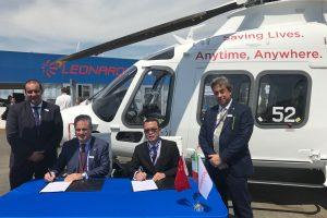 Leonardo y Sino-US Intercontinental firman contrato por 17 helicópteros