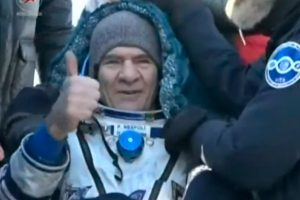 El astronauta de la ESA Paolo Nespoli regresa a la Tierra desde la ISS
