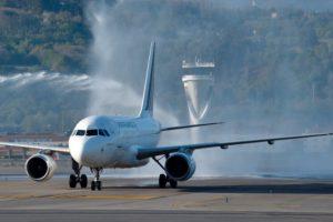 Air France comienza a operar con A318 la ruta a Bilbao