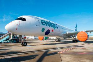 El primer A350 de Evelop sale del taller de pintura