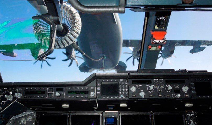 a400m-frances-reabastecimiento-en-vuelo