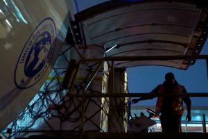 Aerolíneas Argentinas transporta 300 toneladas de arándanos semanales