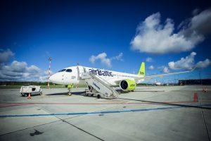 airBaltic lanza un vuelo directo Riga- Abu Dhabi en cooperación con Etihad