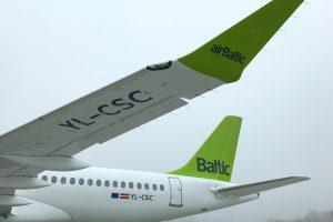 AirBaltic recibesu tercerCS300