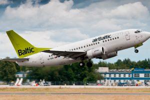 airBaltic dejará de operar con los B737 este año