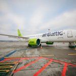 airBaltic suspende temporalmente sus vuelos a Varsovia