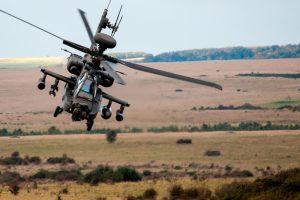 Leonardo proporcionará ayudas defensivas para los helicópteros Apaches del Reino Unido