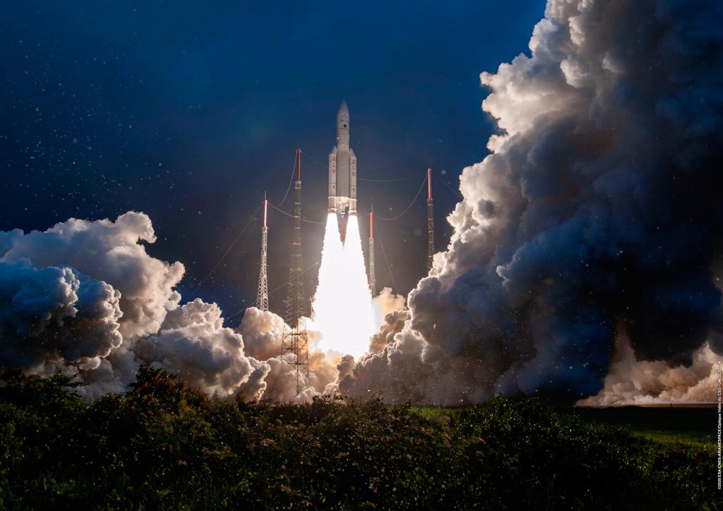 Coehete Ariane 5 lanzamiento