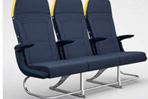Ryanair estrena un sistema de control por voz para reservas y nuevos asientos 'slimline'