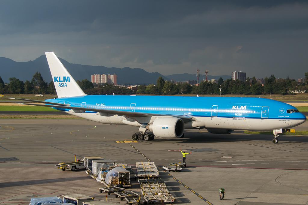 KLM, Avión