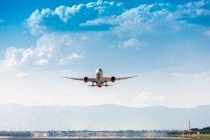 Avión despegando