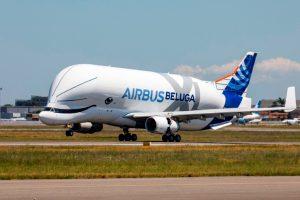El primer BelugaXL completa su vuelo inaugural