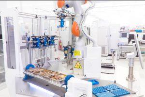 Thales Alenia Space presenta a Cratos su robot colaborativo de uso múltiple