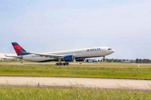 Delta, A330