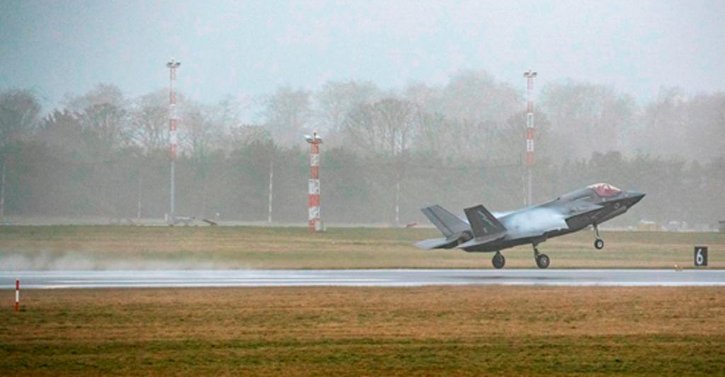 Despeue caza F-35