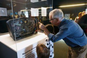 AFN dona un simulador ATC 610 al museo Muncyt de A Coruña