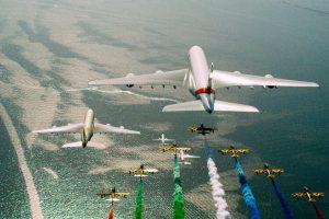 Video: Emirates, Etihad, flydubai y Air Arabia se unen para celebrar un desfile de aviones épico