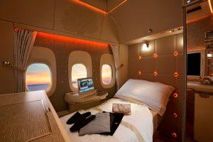 Emirates estrenará la nueva Suite inspirada en Mercedes-Benz en la ruta a Viena