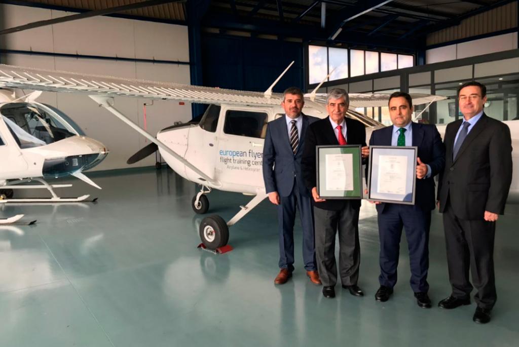 European Flyers obtiene los certificados del Sistema de la Gestión de la Calidad y Medio Ambiente para la formación aeronáutica, avalados por AENOR