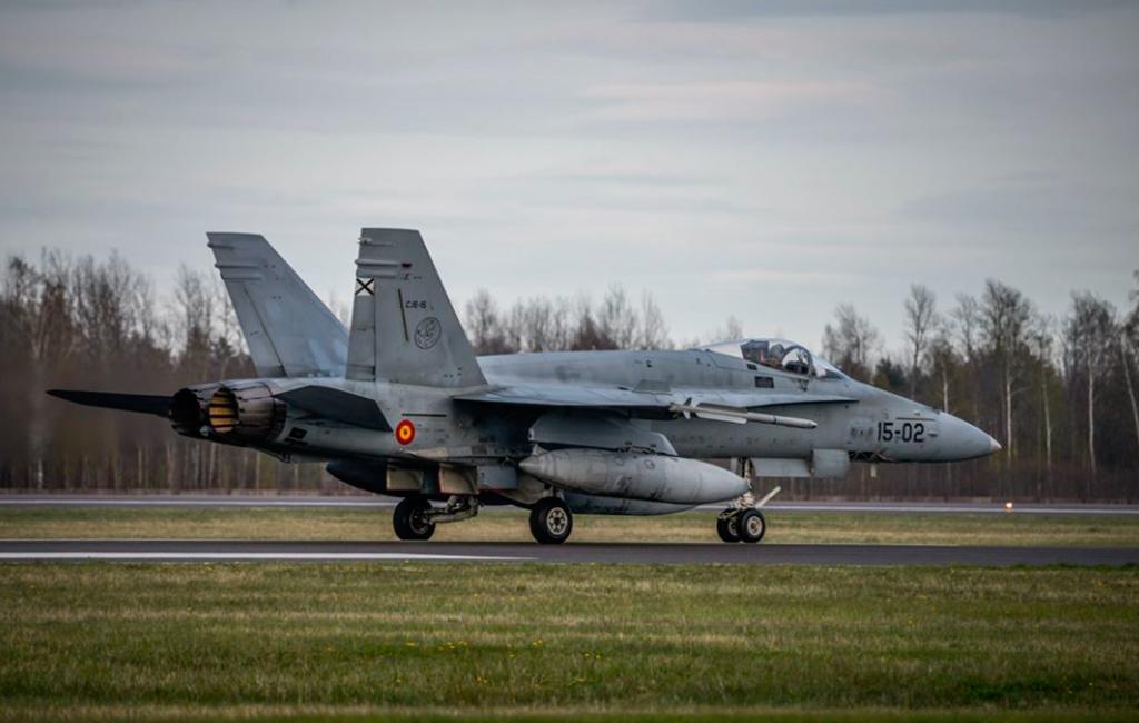 F18, Ala 15, Báltico, BAP