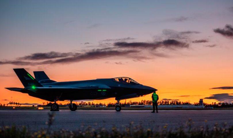 F-35, caza, atardecer